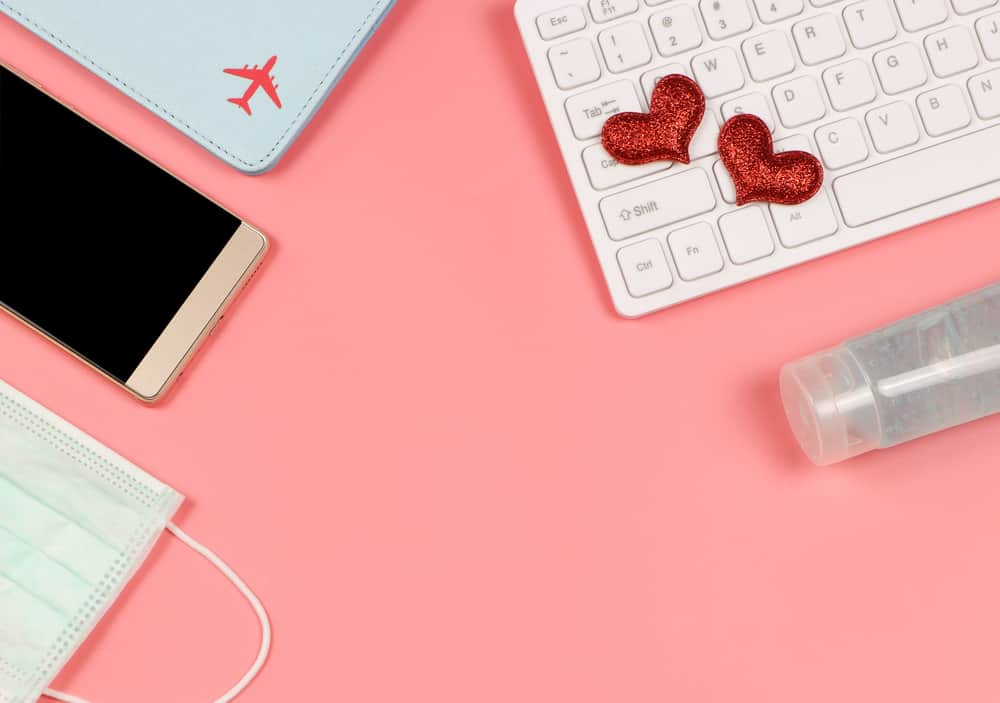 4 Ways to Keep It Hot in a Long Distance Relationship